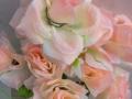 Trandafir piersica buchet mare