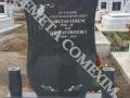 Monument funerar din granit gri inchis