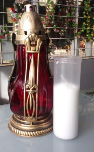Candela rosu din sticla cu model si rezerva