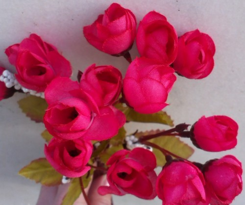 Trandafir roz inchis buchet mic