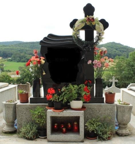 Monument ortodox din granit negru si cadru/rama din mozaic